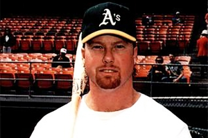 Mark McGwire (TRADING CARD DB)