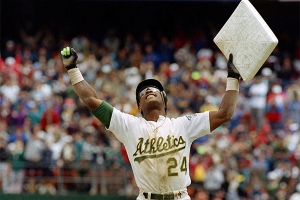 Rickey Henderson steals his 939th base in 1991 (OAKLAND ATHLETICS)