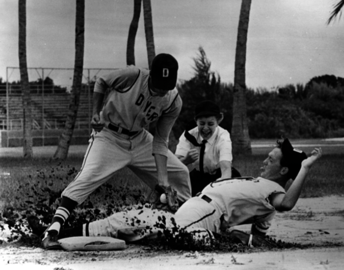 Bernice Gera makes a call during a 1967 game as a student at an umpire instructional academy in Florida. (NATIONAL BASEBALL HALL OF FAME LIBRARY)