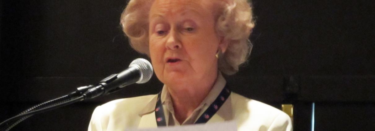 Dorothy-Seymour-Mills-AWSM2011-0261