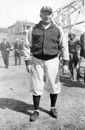 Dutch Zwilling (NATIONAL BASEBALL HALL OF FAME LIBRARY)