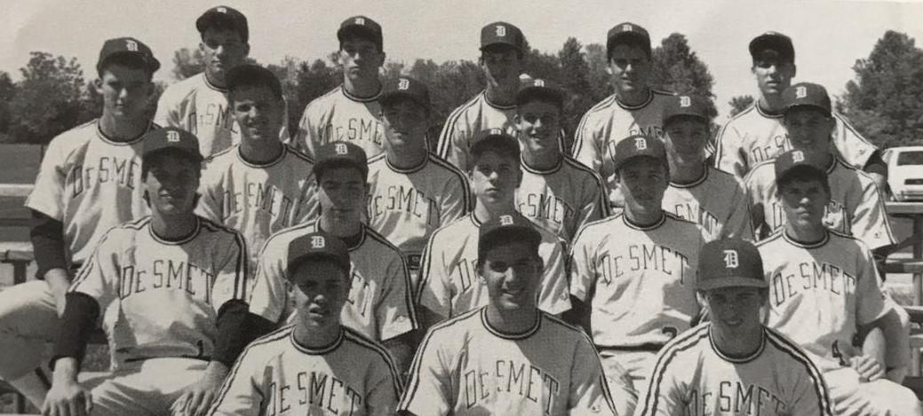 De Smet Jesuit High School baseball team; Bill Mueller is pictured at top right. (Courtesy of Bill Mueller)