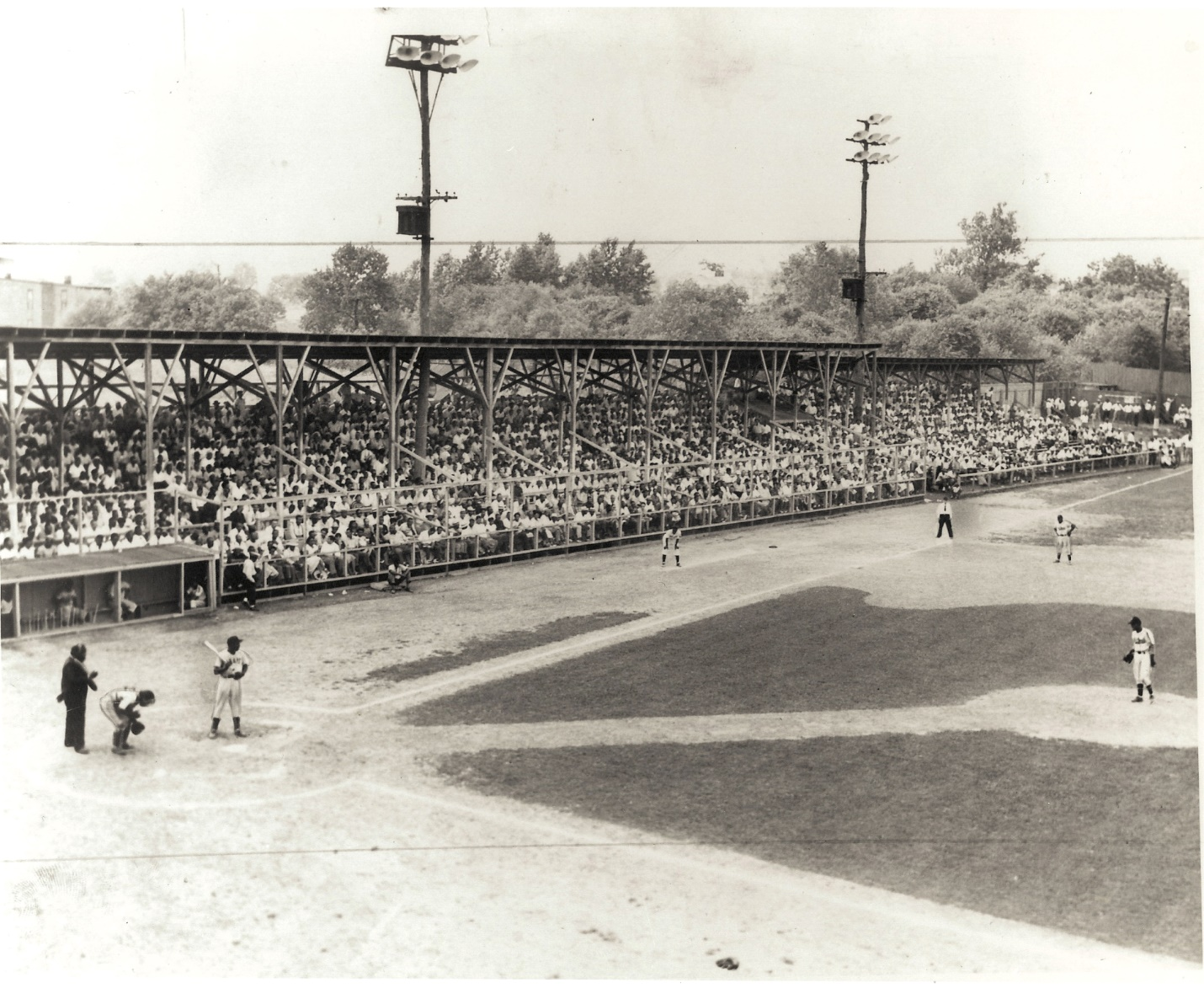 In August of 1932, Gus Greenlee added permanent lights to the Crawford home field. (NOIRTECH RESEARCH INC.)
