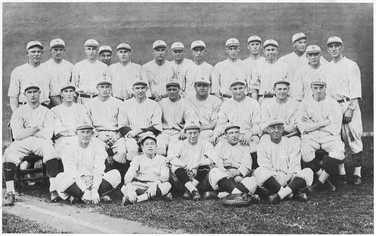 1921 New York Yankees team photo (SABR-RUCKER ARCHIVE)