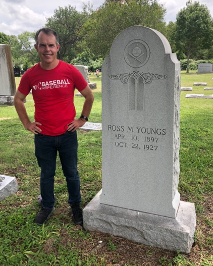 SABR member John Fredland visits Hall of Famer Ross Youngs's gravesite in San Antonio, Texas (JOHN FREDLAND)